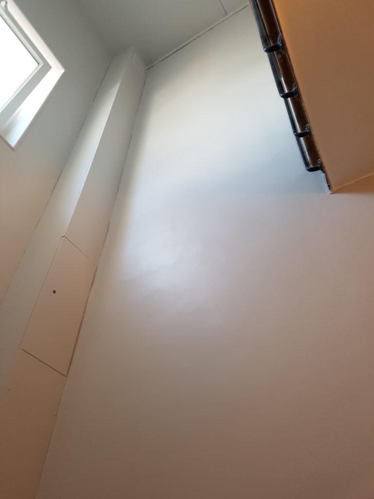 Renovation peinture escalier un travail d 39 artisan - Peinture renovation escalier ...